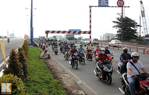 TPHCM chính thức thông xe cầu Sài Gòn 2 - 12