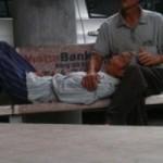 Sức khỏe đời sống - Bố 80 tuổi nhiễm bệnh xã hội, con ngỡ ngàng