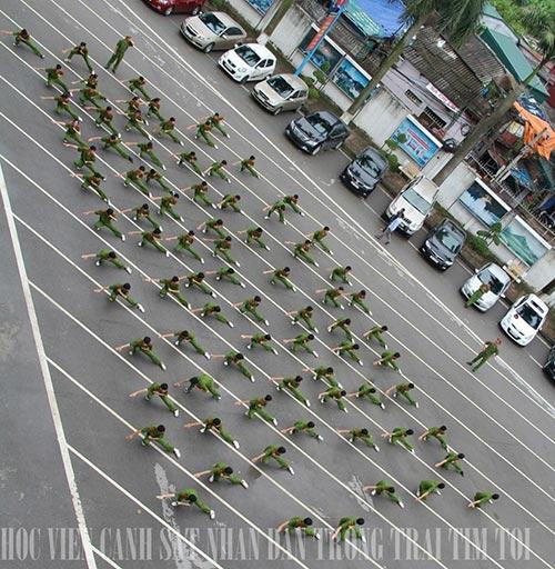 Các hot boy Cảnh sát đam mê nhiếp ảnh - 12
