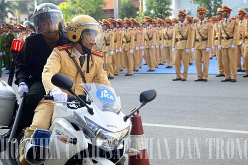Các hot boy Cảnh sát đam mê nhiếp ảnh - 3
