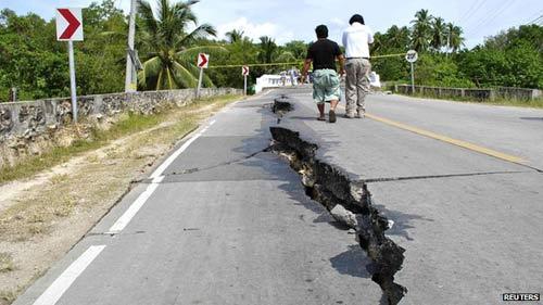 Phillippines: 93 người thiệt mạng do động đất - 2