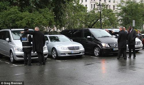 Hillary Clinton bị phạt vì đỗ xe trái phép - 1