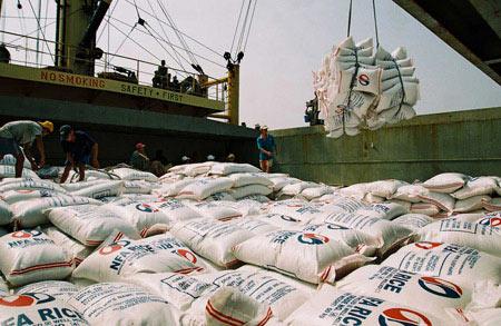 Thế giới ghi nhận đóng góp của Việt Nam - 1