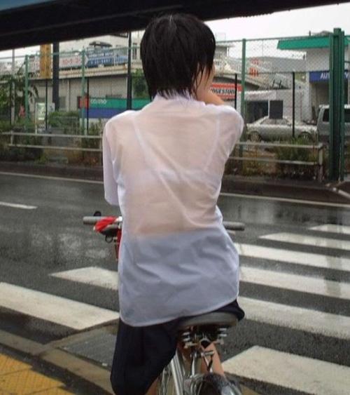 """Phụ nữ Nhật bị lợi dụng """"điểm nhạy cảm"""" - 13"""