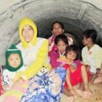 Tin tức trong ngày - TT-Huế: Cả thôn trốn bão trong ống cống