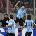 Bóng đá - Suarez lại diễn kịch kiếm penalty
