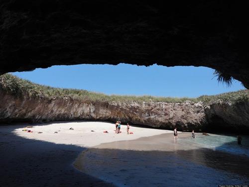 Bãi biển ẩn ở Mexico - 3