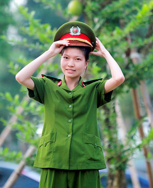 Giấc mơ điệp viên của thủ khoa Cảnh sát - 1
