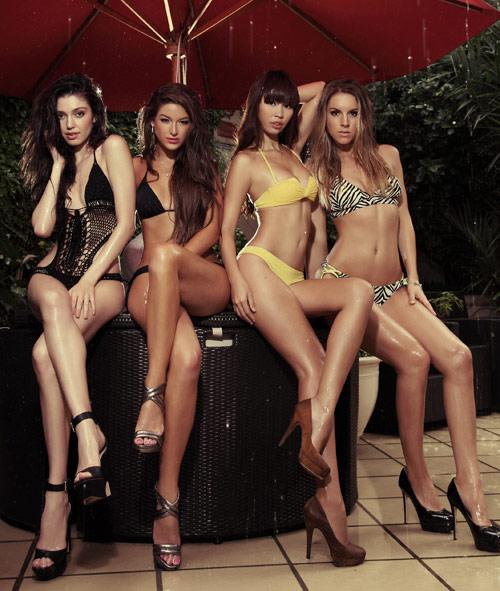 Hà Anh khoe đường cong bên Miss Global - 7