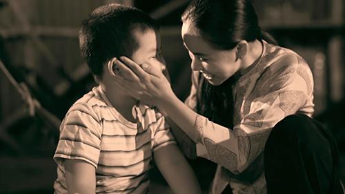 Xúc động Quách Tuấn Du hát tặng mẹ - 1