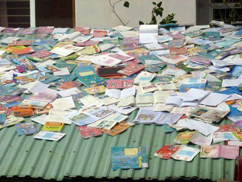 Đà Nẵng: Nhiều trường tan hoang sau bão số 11 - 10