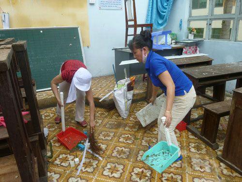 Đà Nẵng: Nhiều trường tan hoang sau bão số 11 - 12