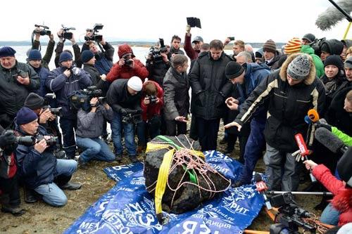 Nga vớt thiên thạch từng làm 1200 dân bị thương - 4