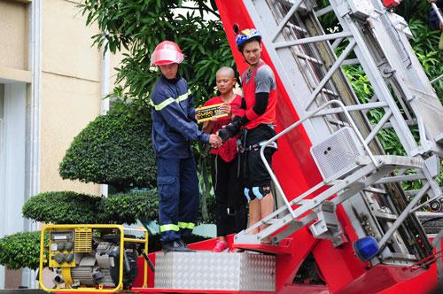 Xe cứu hỏa xuất hiện trong Cuộc đua kỳ thú - 7
