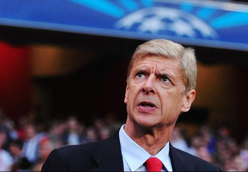 HLV Wenger đồng ý gia hạn HĐ với Arsenal - 1