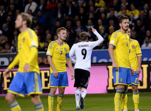 Chelsea: Mourinho nên để Schurrle đá cắm - 1