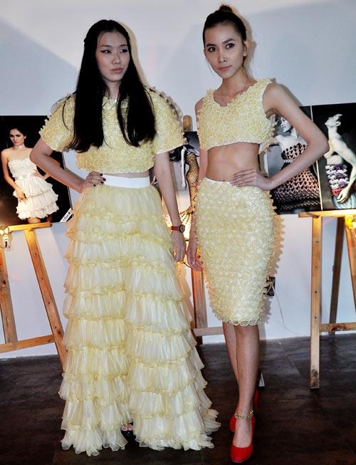 Kim Hiền mặc váy kết từ nghìn bao cao su - 17