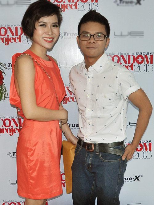 Kim Hiền mặc váy kết từ nghìn bao cao su - 15