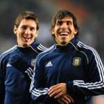 Bóng đá - Khi người Argentina ghét Messi,  yêu Tevez