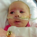 Sức khỏe đời sống - Phải hô hấp nhân tạo 5 lần/ngày để cứu con