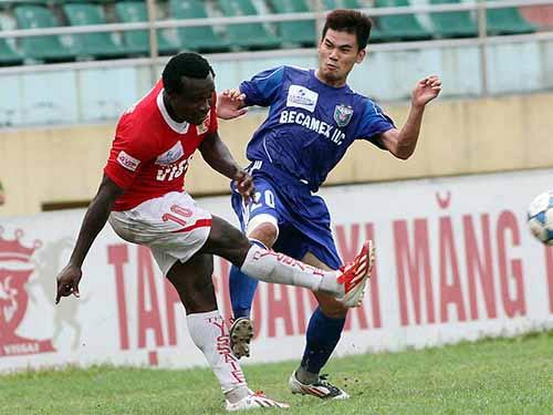 Cầu thủ Việt rớt giá thảm hại - 1