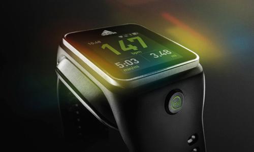 Adidas bất ngờ tung Smartwatch đầu tay - 2