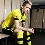 """Bóng đá - Marco Reus bịt mắt """"làm ảo thuật"""""""