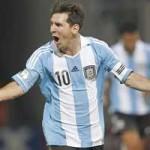 Bóng đá - Messi sút phạt tinh quái top VL WC Nam Mỹ