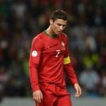 """Bóng đá - HOT: Ronaldo bị gọi là """"mít ướt"""""""
