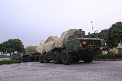 Hình ảnh hiếm về tên lửa S300 PMU1 của Việt Nam - 9