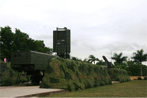 Hình ảnh hiếm về tên lửa S300 PMU1 của Việt Nam - 13