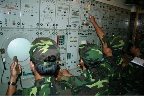 Hình ảnh hiếm về tên lửa S300 PMU1 của Việt Nam - 15