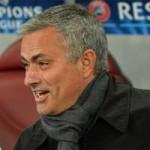 """Bóng đá - Mourinho """"nắn gân"""" Cahill, cảnh báo Barca"""