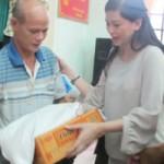 Phim - Mẹ chồng Hà Tăng cứu trợ miền Trung