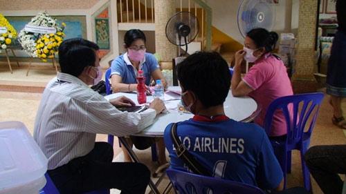 Máy bay rơi ở Lào: Khám nghiệm thi thể nạn nhân - 5