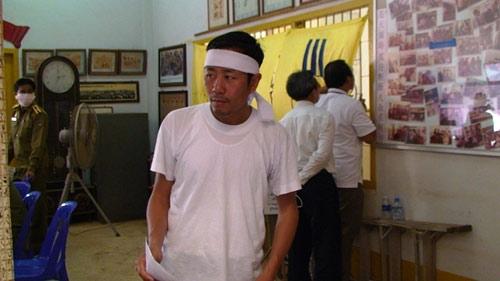 Máy bay rơi ở Lào: Khám nghiệm thi thể nạn nhân - 7