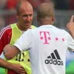 """Bóng đá - Robben """"bật"""" Guardiola ngay trên sân"""