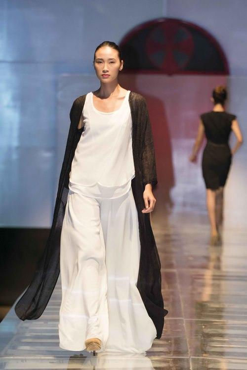 Trương Ngọc Ánh dẫn con gái diễn catwalk - 10