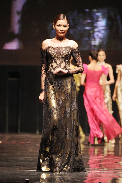 Hoàng Hải lại đưa thời trang Việt sang Ý - 6