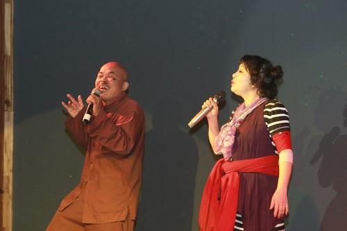 Minh Chuyên hát ca khúc về bão Nari - 6