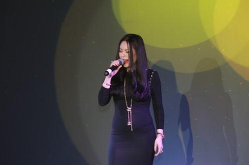 Minh Chuyên hát ca khúc về bão Nari - 7