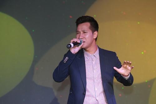 Minh Chuyên hát ca khúc về bão Nari - 5