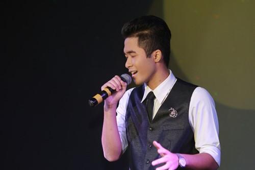 Minh Chuyên hát ca khúc về bão Nari - 12