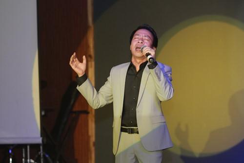 Minh Chuyên hát ca khúc về bão Nari - 13