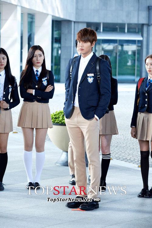 Lee Min Ho hóa nam sinh cấp 3 - 8
