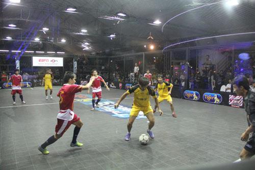 Giới trẻ Hà Nội mong chờ Lễ hội bóng đá quốc tế - 3