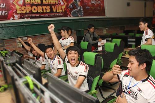 CKKV VEC Hà Nội: Màn cân não dai dẳng giữa Freedom và Doping - 3