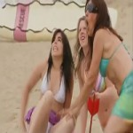 Video Clip Cười - Video clip hài: Bịt mắt phi tiêu