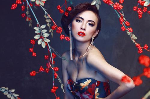 Huyền Ny diện váy cúp ngực đẹp mắt - 3