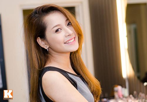 Vẻ đẹp tươi trẻ của hot girl Chi Pu - 11